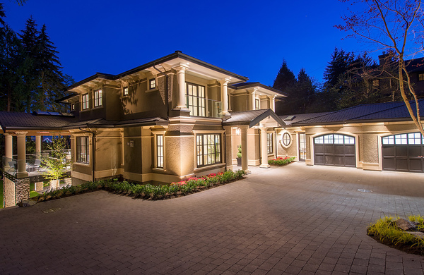Luxurious West Vancouver Spec Home – Interior Solutions Design Group